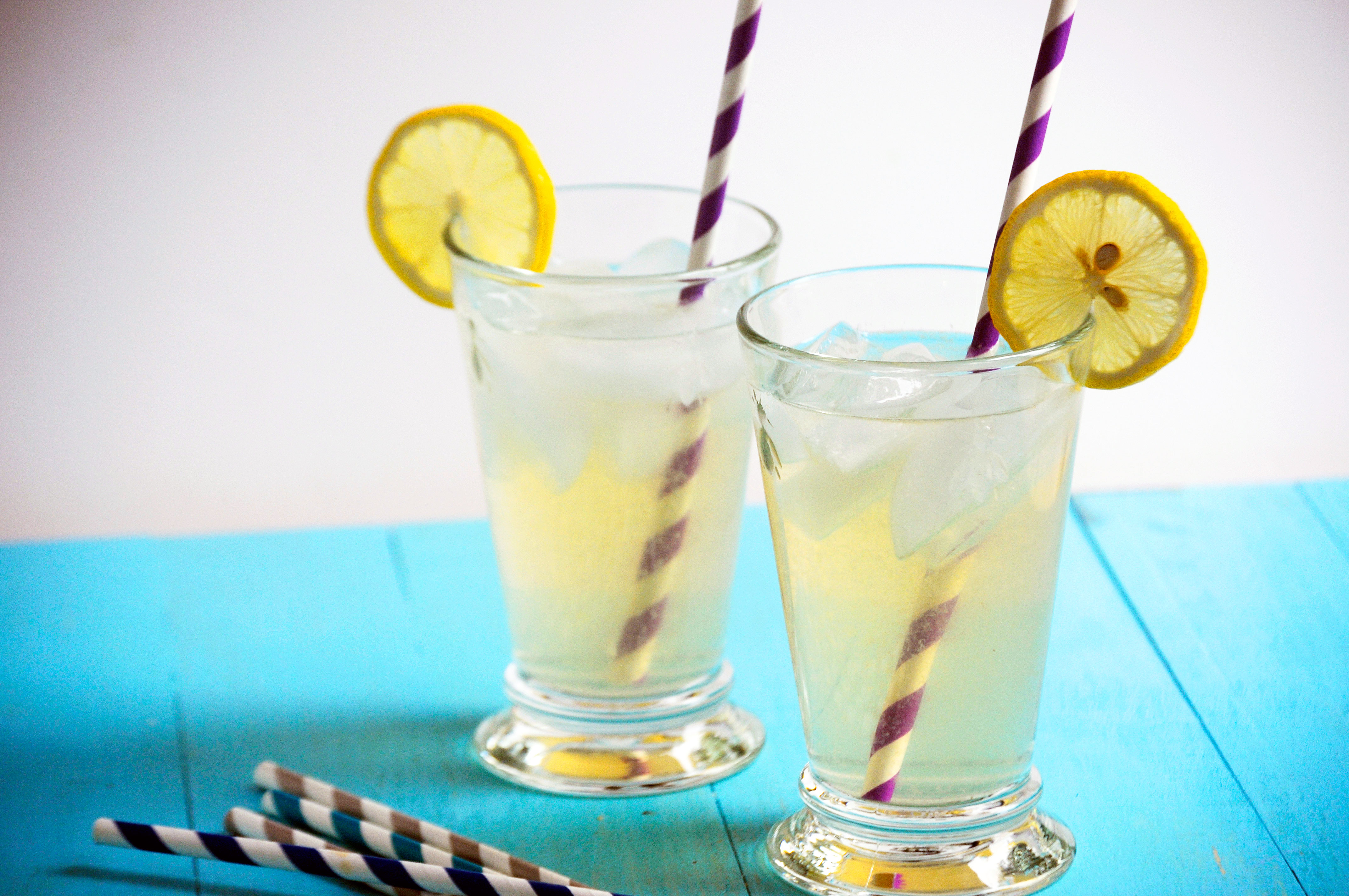 Spiked Vanilla Lemonade